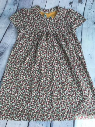 Joules ditsy print dress age 7 (fits age 6-7)